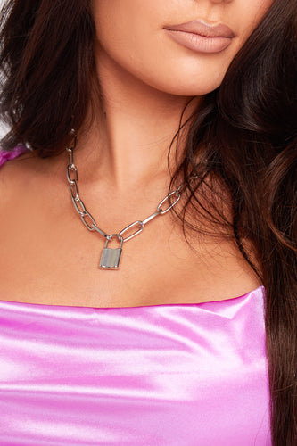 Padlock necklace in silver
