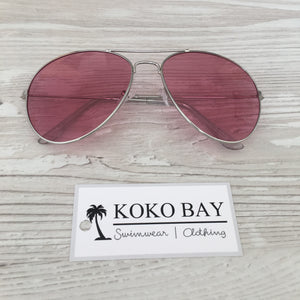 Aviator sunglasses in pink