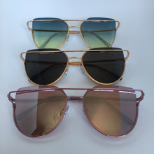 Load image into Gallery viewer, Caprice sunglasses in pink