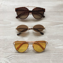 Load image into Gallery viewer, Caprice sunglasses in yellow