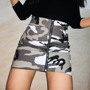 Harley zip front camo skirt in grey