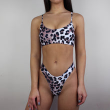 Load image into Gallery viewer, Kendall bikini in leopard print