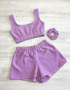 Fleece scrunched shorts in lilac