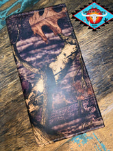 Load image into Gallery viewer, MOSSY OAK jumbo rodeo wallet
