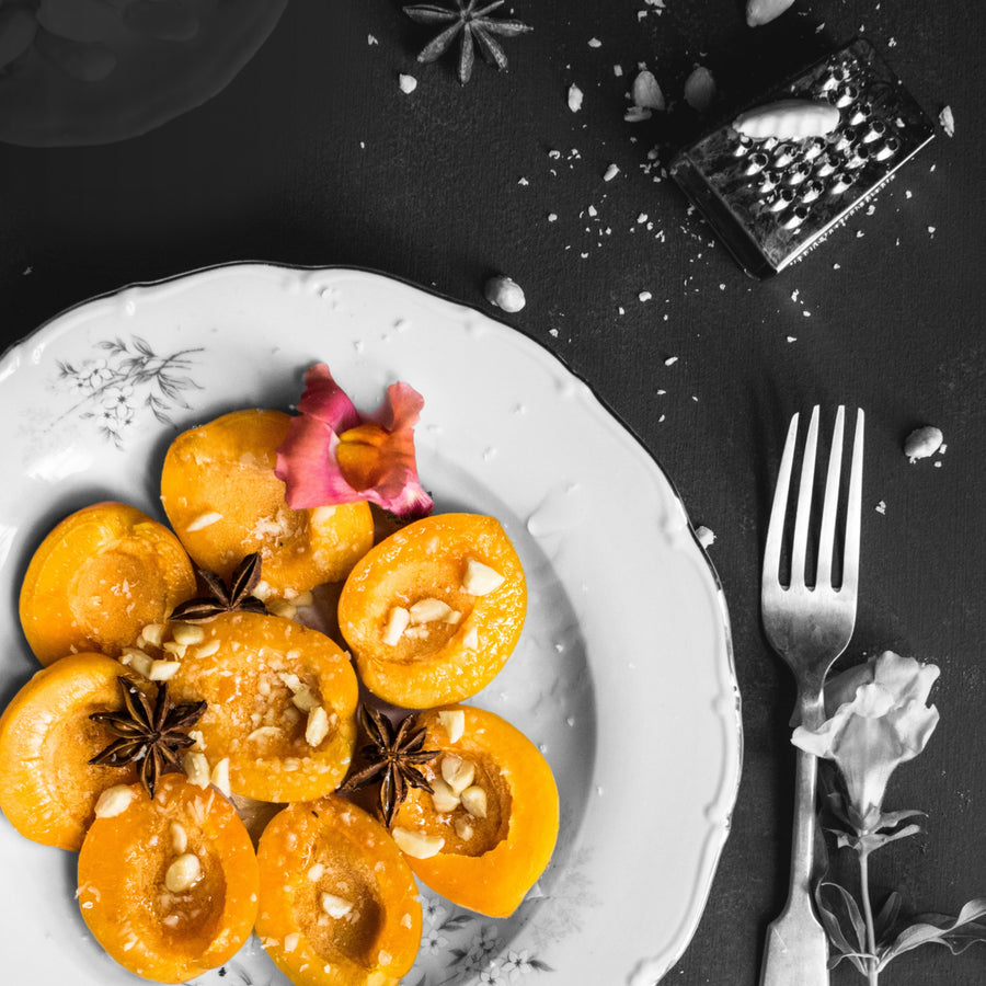 Apricots Greaseproof Paper (x20)*