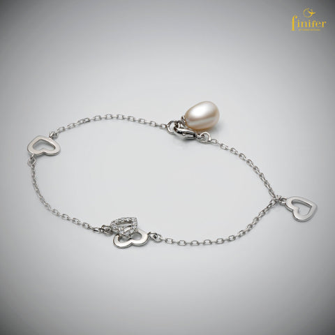 Heart Pearl Silver Bracelet / Single Chain Pearl Bracelet / Birthday Gift / Christmas Gift -FIN-W0145