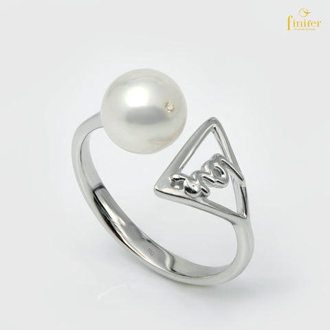 Geometric Modern Pearl Ring, Finifer Pearl Ring, Triangle Pearl Ring, Pearl 7-8mm, FIN-R1632
