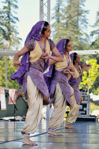 Teaching Bhangra music
