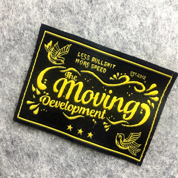 1000 Wholesale garment woven label/tag/customized clothing embroidered logo/satin /silk printing