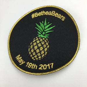 50 Wholesale Custom Logo Gold Sliver metallic Embroidered Patches For Clothing