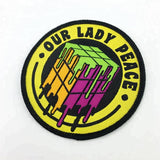 100 customized shape colorful over lock high density iron on woven patch