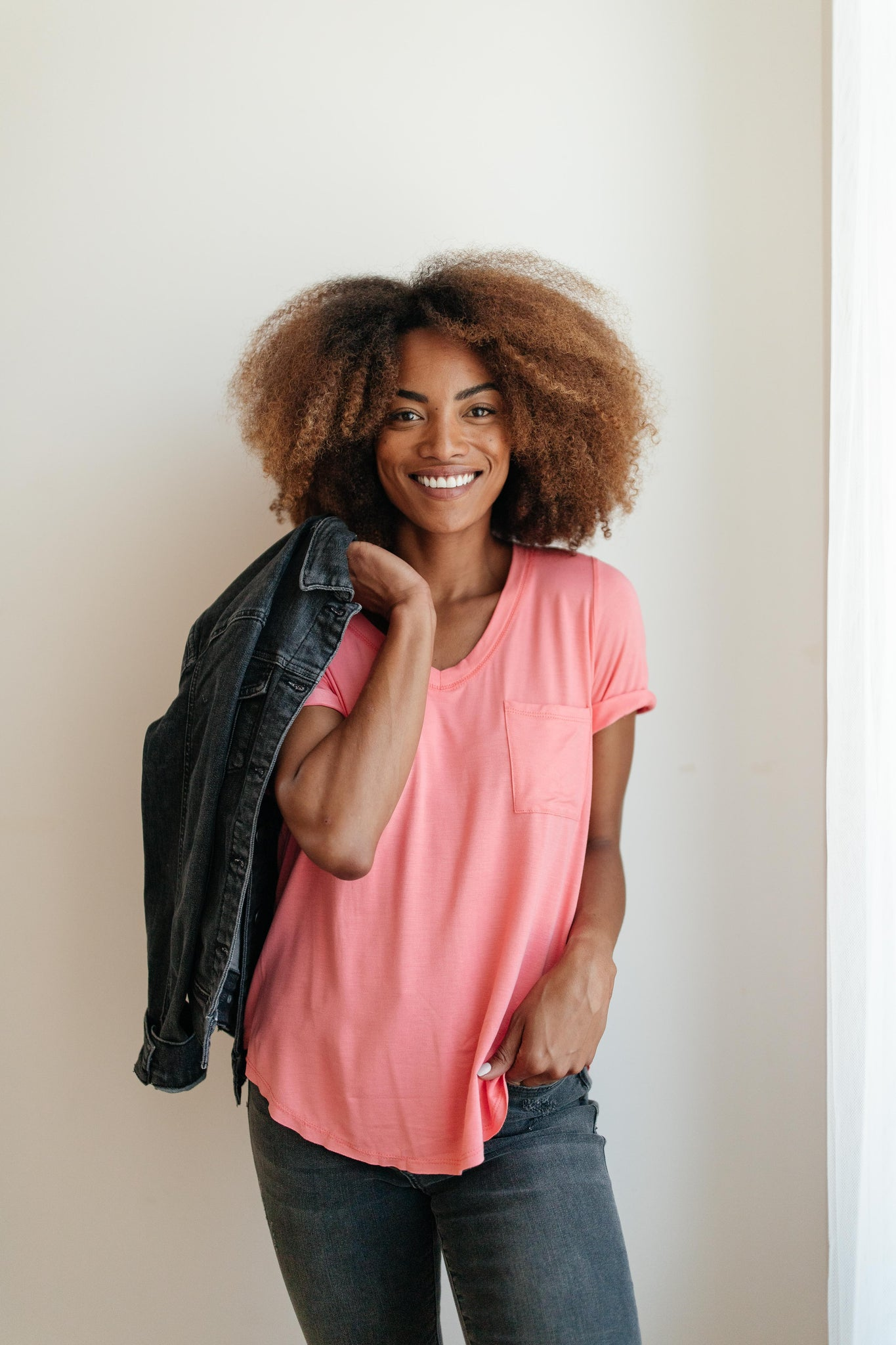 Essential V-Neck Tee In Pink