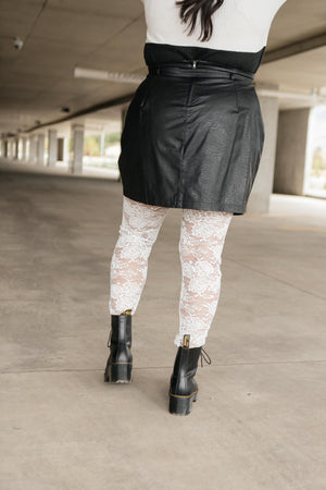 Fanciful Floral Leggings In White