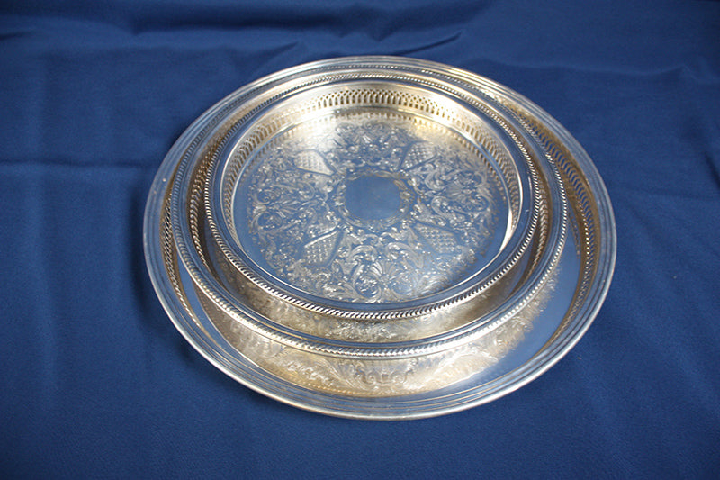 "Tray, 13"" Round Gallery, silver"