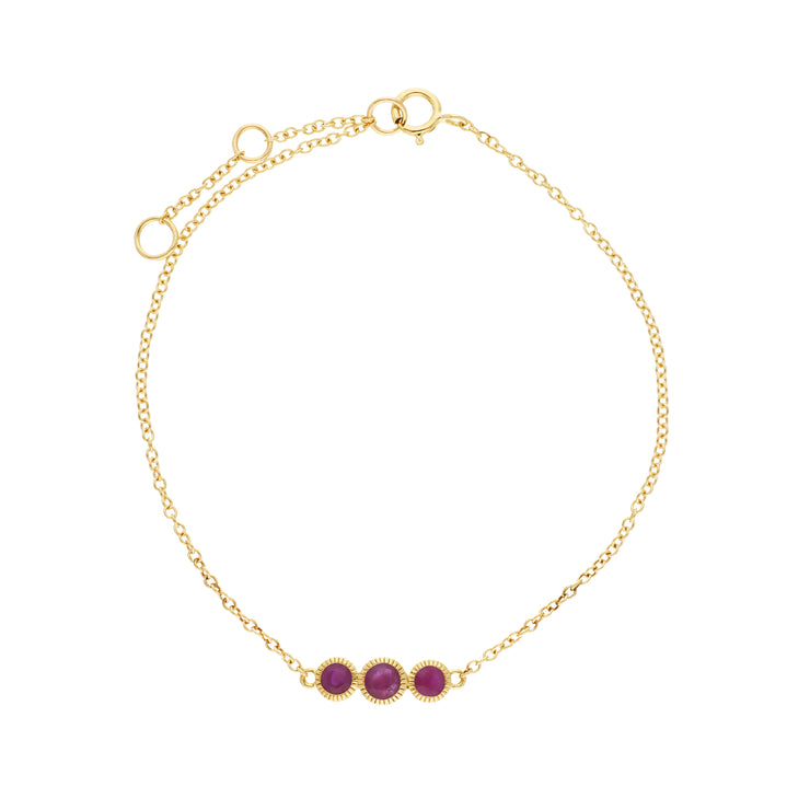 Gemondo 9ct Yellow Gold Ruby Triple Stone Round Milgrain 19cm Bracelet