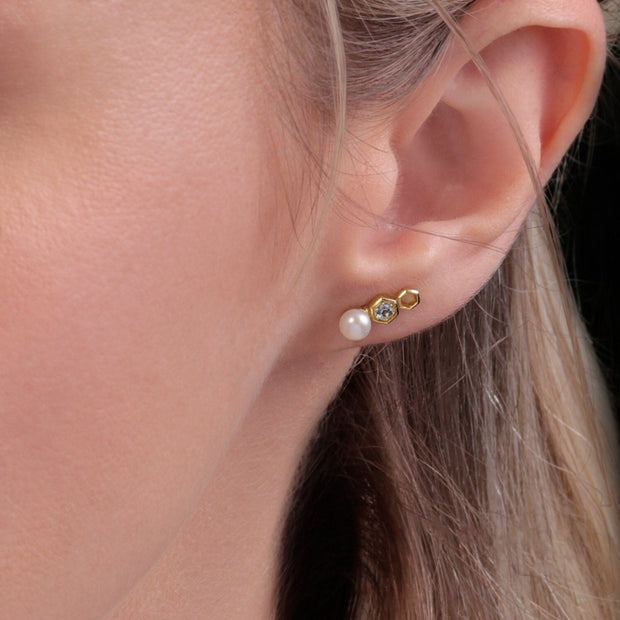 Modern Pearl & Tanzanite Ear Climber Studs in 9ct Yellow Gold