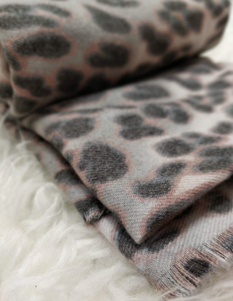 Bufanda rectangular leopardo