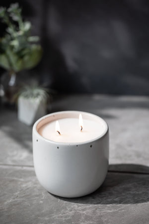 No. 21 | Tulip Candle (Large)