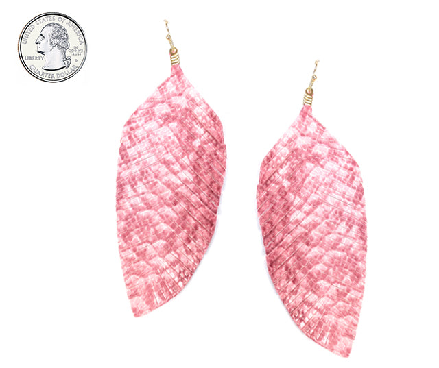 Textured Leather Feather Earrings (Pink) - Boutique109