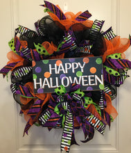 Load image into Gallery viewer, Halloween Wreath