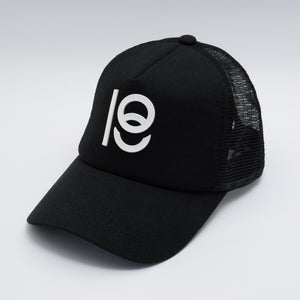 EIGHTEEN TRUCKER CAP