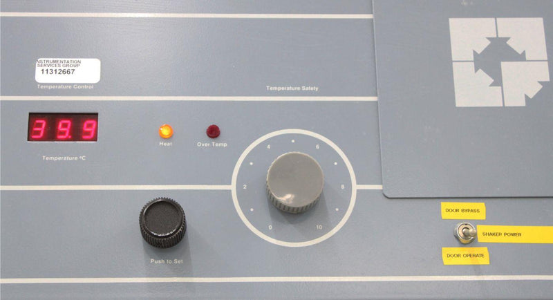 Used: Forma Scientific Reach-In CO2 Incubator 3956 In Vitro Mammalian Cell Culture
