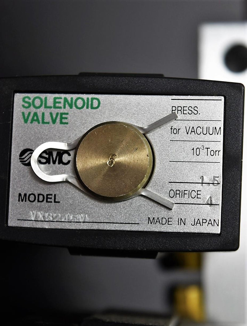 Used: 2x SMC VX3245V Solenoid Valves Media for MFLD Mounted on Manifold Warranty