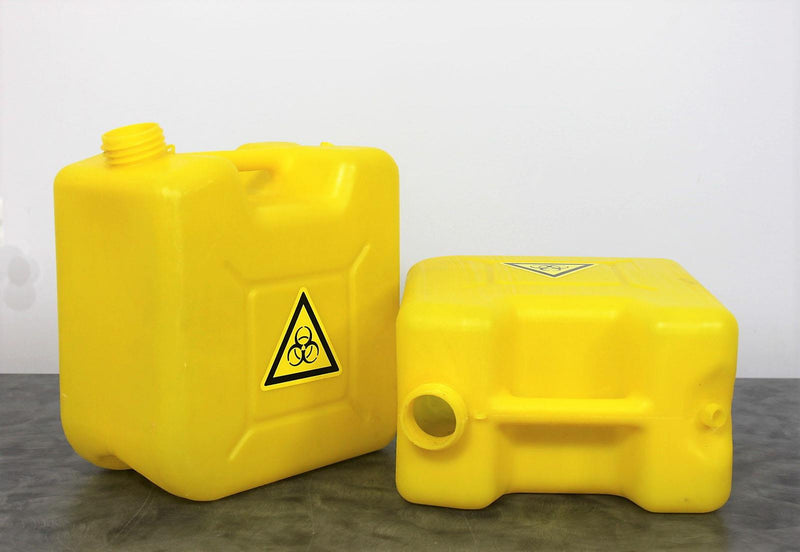 Used:Lot of 2 HD 2.5 Gallon Hazardous Waste Jugs for Roche Cobas S 401 w/Warranty