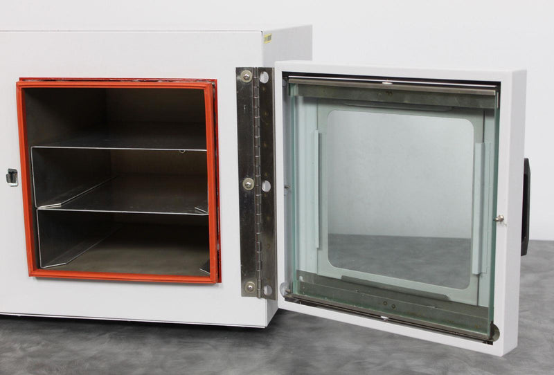 Used: Barnstead | Lab-Line 3608 Tabletop Vacuum Chamber Lab Oven