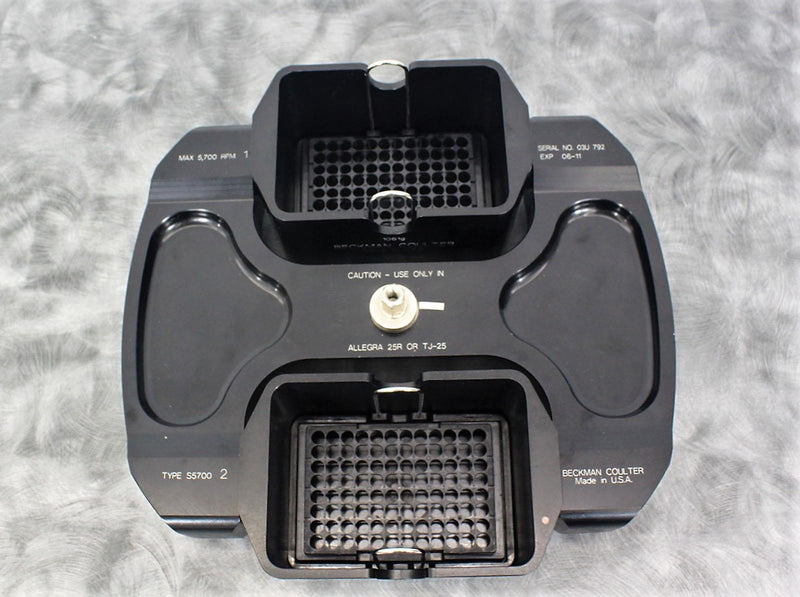 Used: Beckman S5700 Swing Bucket Rotor w/ (2) Microplates For Allegra 25 R and TJ-25