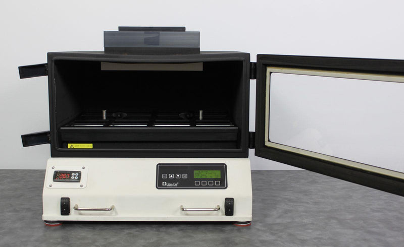 Used Guaranteed: Glas-Col 107A DPMINC1216 Benchtop Orbital Micro Expression Incubating Shaker
