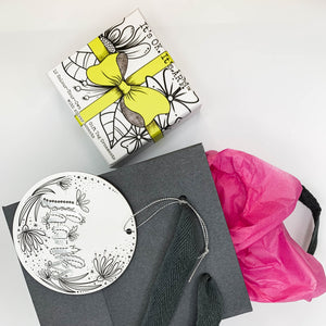 (Wholesale) Colour & Send: Gift Tag Ornaments