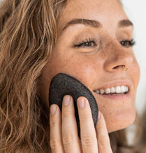 Load image into Gallery viewer, Bamboo Charcoal Konjac Facial Sponge bk-6