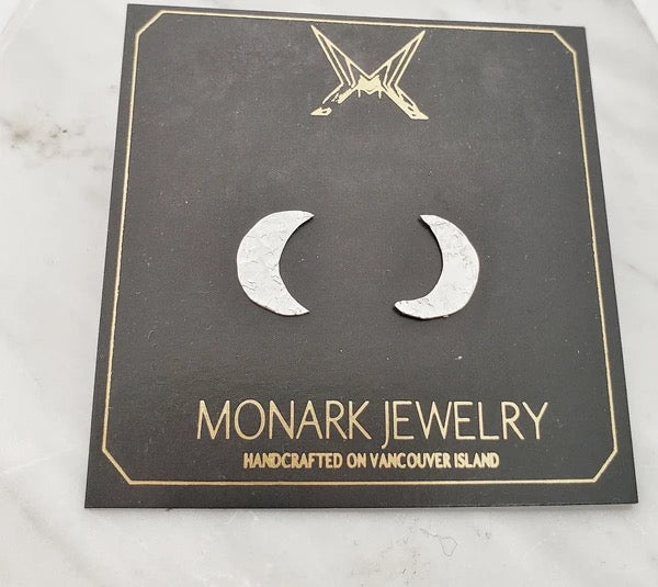 Monark Jewellery Little Crescent Moon Earrings MJ25-SSE