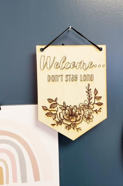 Monark Jewelry Small Welcome Wooden Wall Banner MJ-18WB