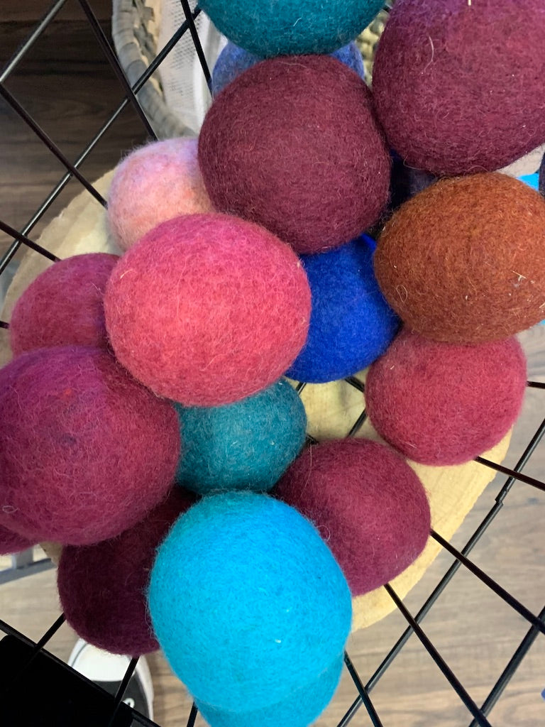 VI Dryer Balls set of 3 dryer balls Laundry Bag  VI-2