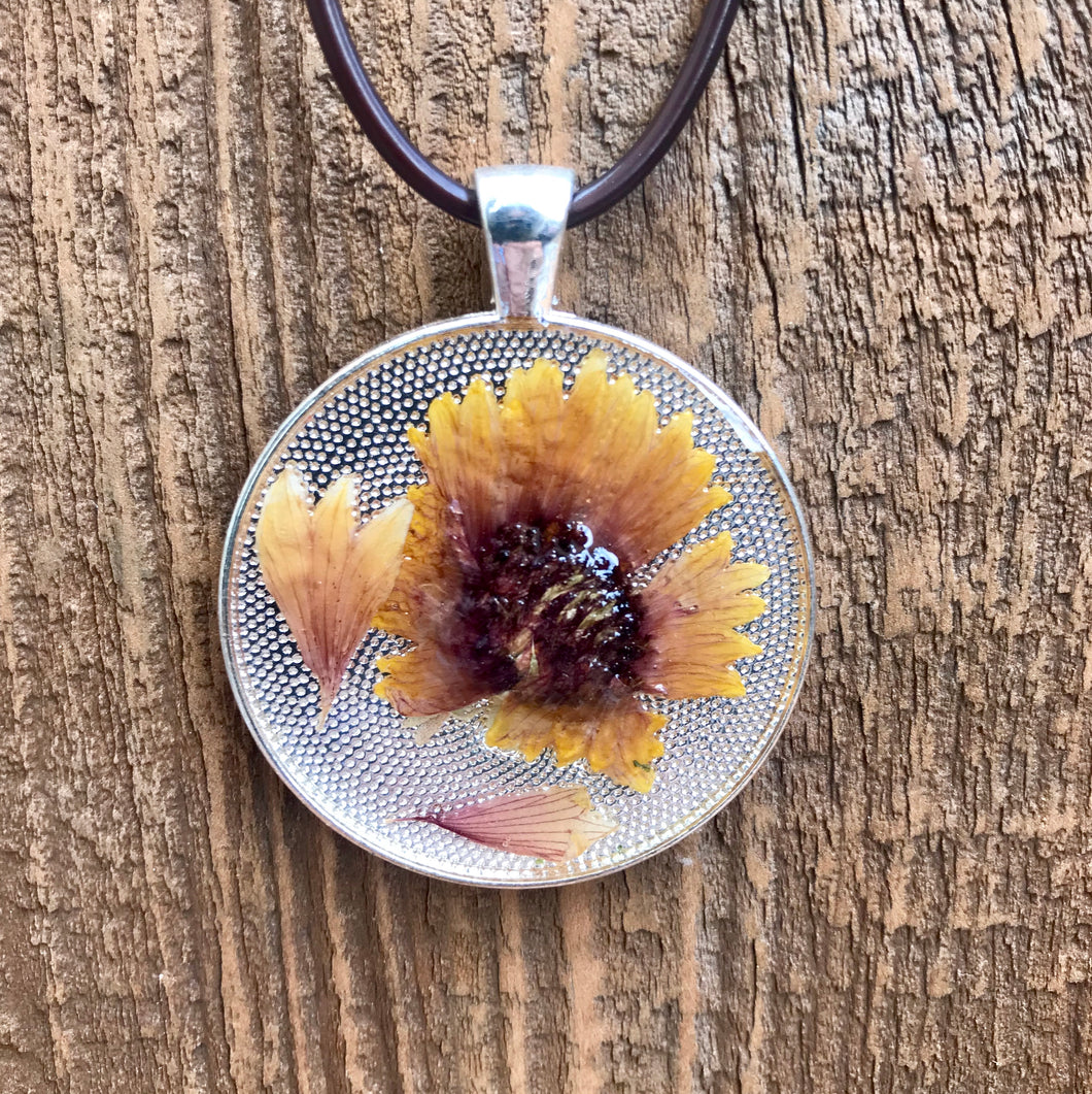 Hand Made Dried Flower Pendent Necklace