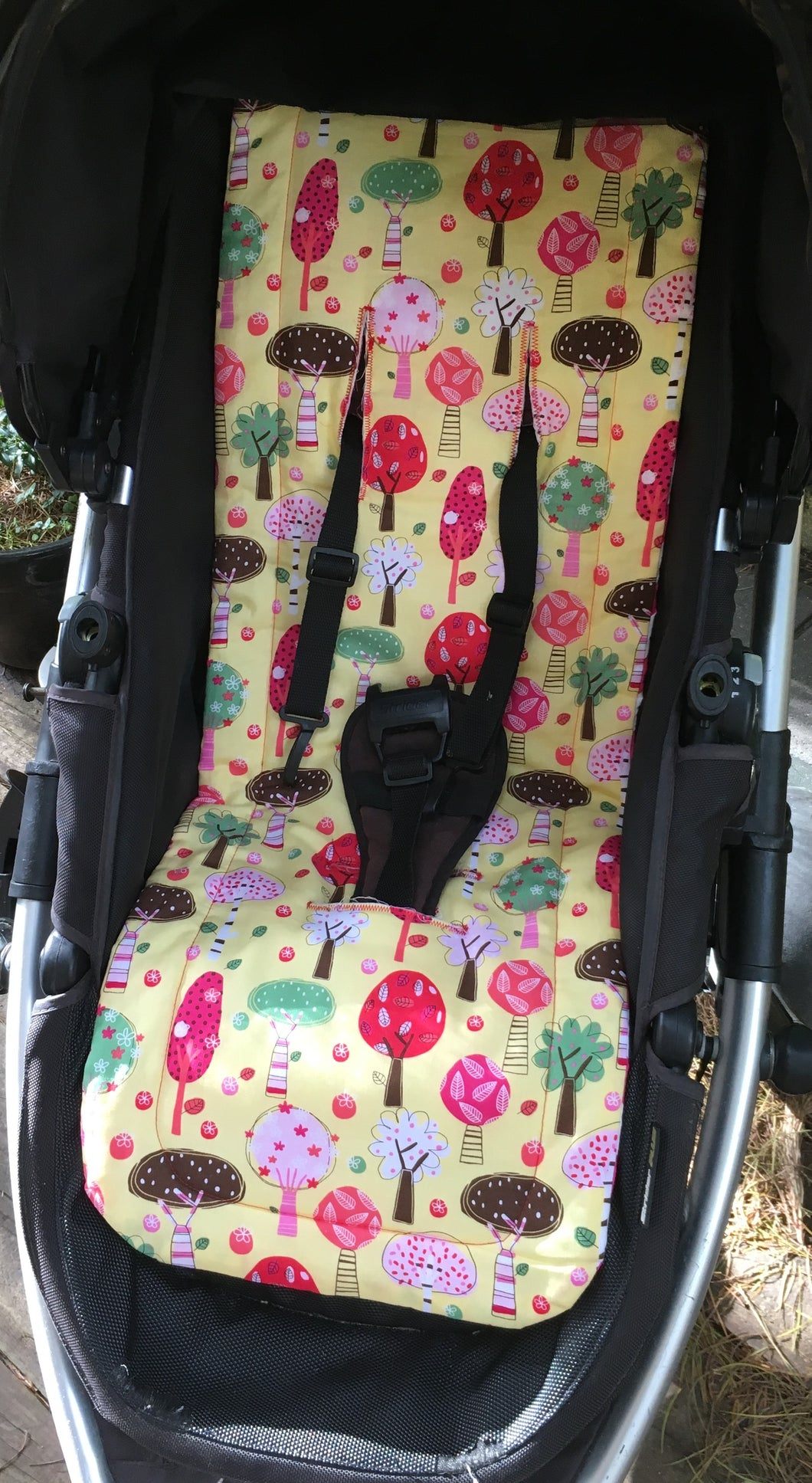 Universal liner- bright trees - Percy and Paige tiny traveller footmuff pram blanket best footmuffs universal footmuff australian made footmuffs warm and practical
