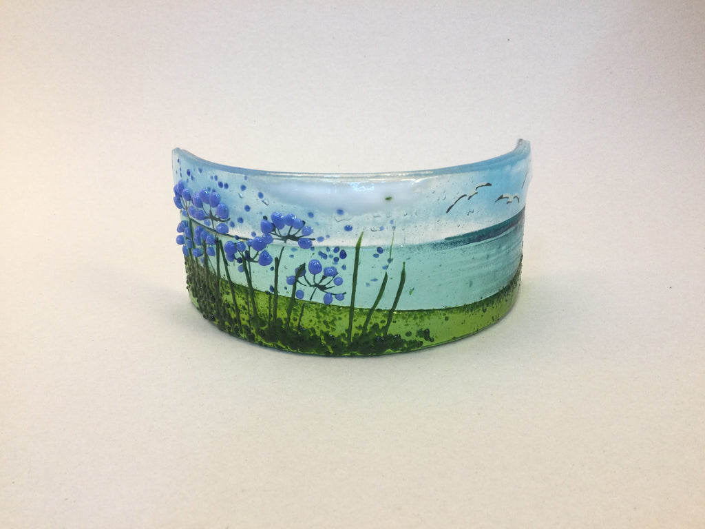 Curve - Sea scene with agapanthus