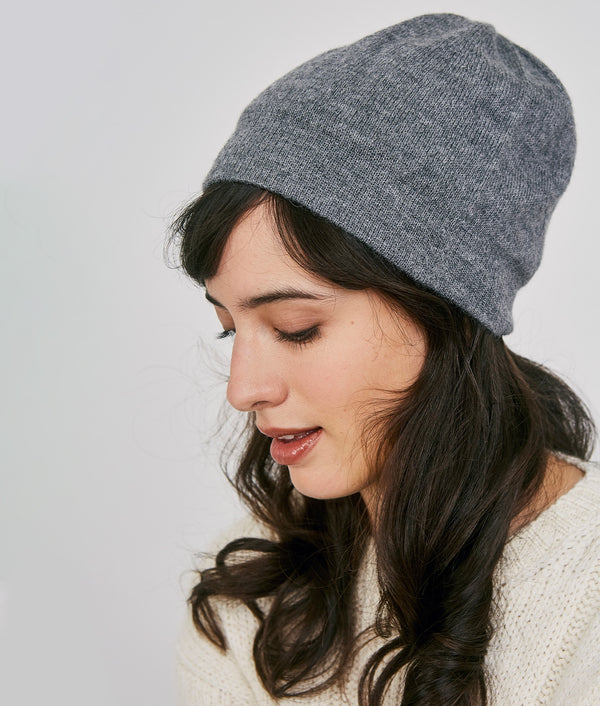 Basic reversible beanie 15377 C003