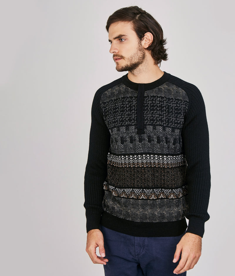 Tapestry zipped front pullover C001