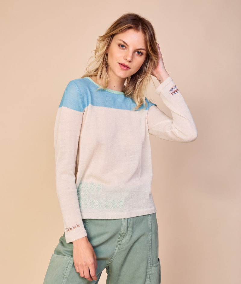 Flora And Fauna Pullover C004