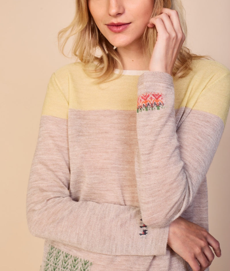 Flora And Fauna Pullover C005