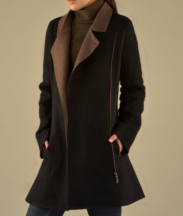Zipped front with contrast collar coat C029