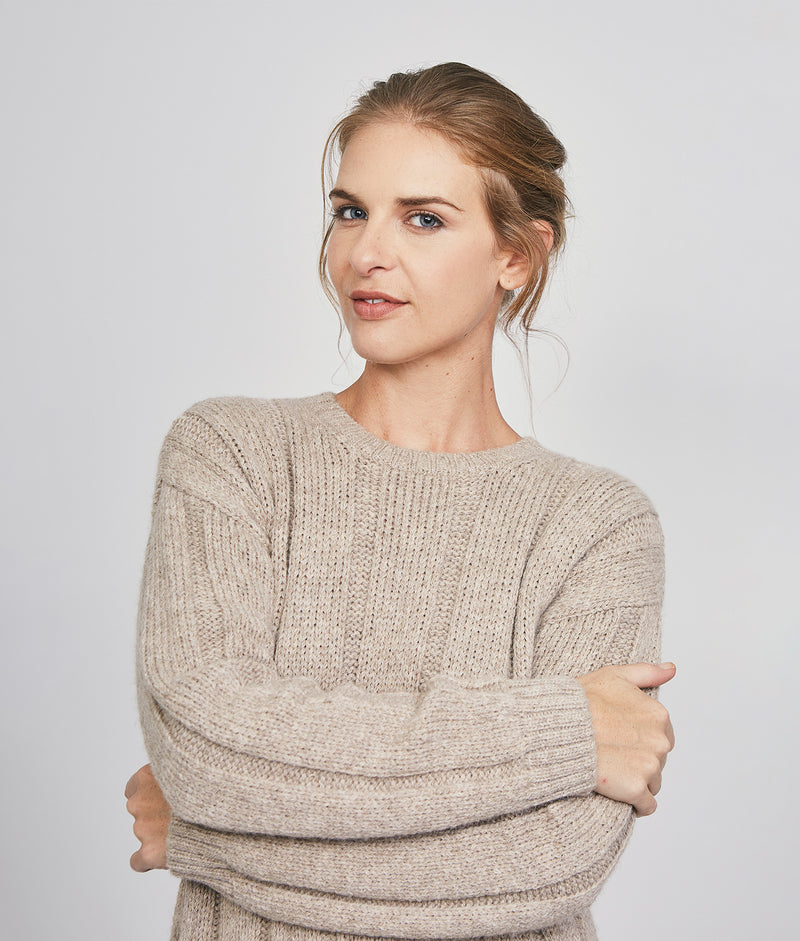 Ribbed long pullover C001