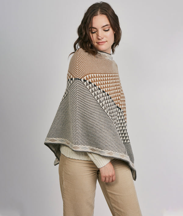 Trien diamonds poncho C001