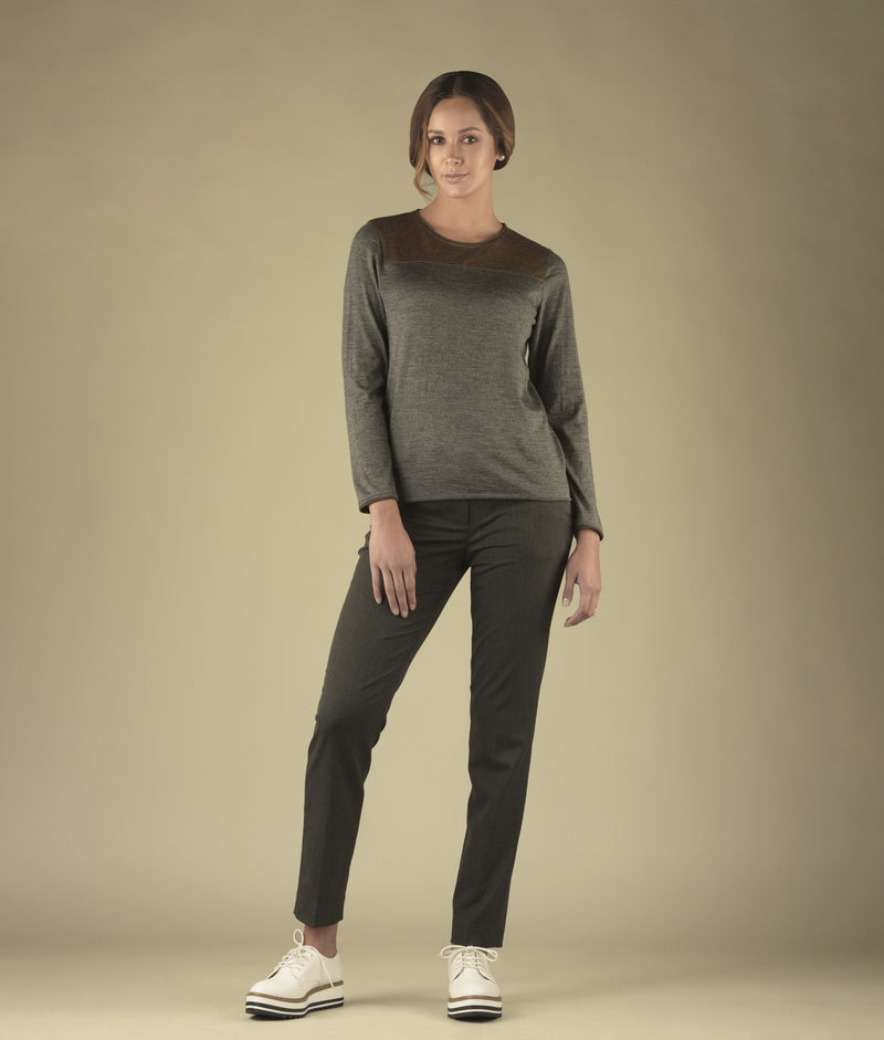 Long sleeve simple pullover C001