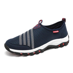 2018 New Arrival Slip On Men Women Sport Shoes Running Shoes Breathable Light Mesh Sneakers Super Cool Athletic Outdoor Shoes-cigauy