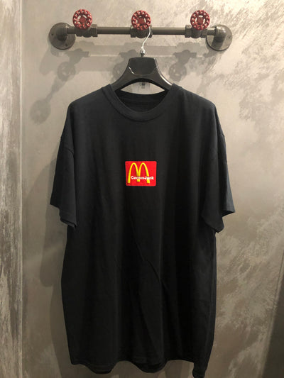 TRAVIS SCOTT X MCDONALD'S SESAME TEE 2 BLACK