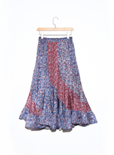 Load image into Gallery viewer, AGYNESS FLORAL SKIRT